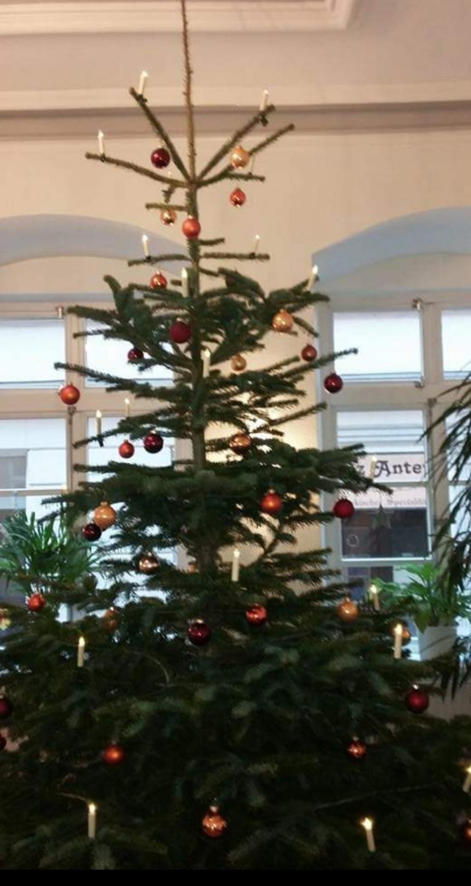 Wir Wünschen Euch Frohe Und Besinnliche Weihnachten.Eine Frohe Und Besinnliche Weihnacht Lüner Hof